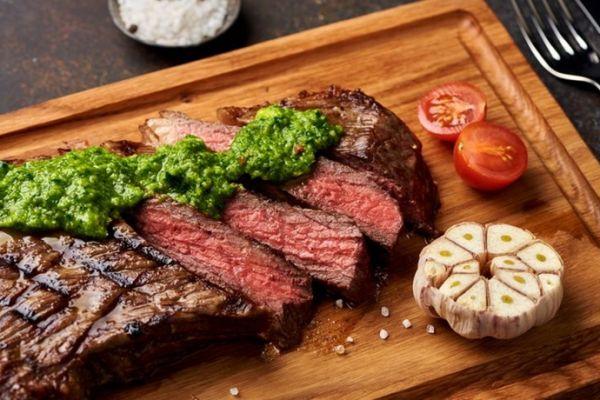 mario-steak-house1C152D02-65D8-0D2F-F0DB-5FD0B40D4595.jpg